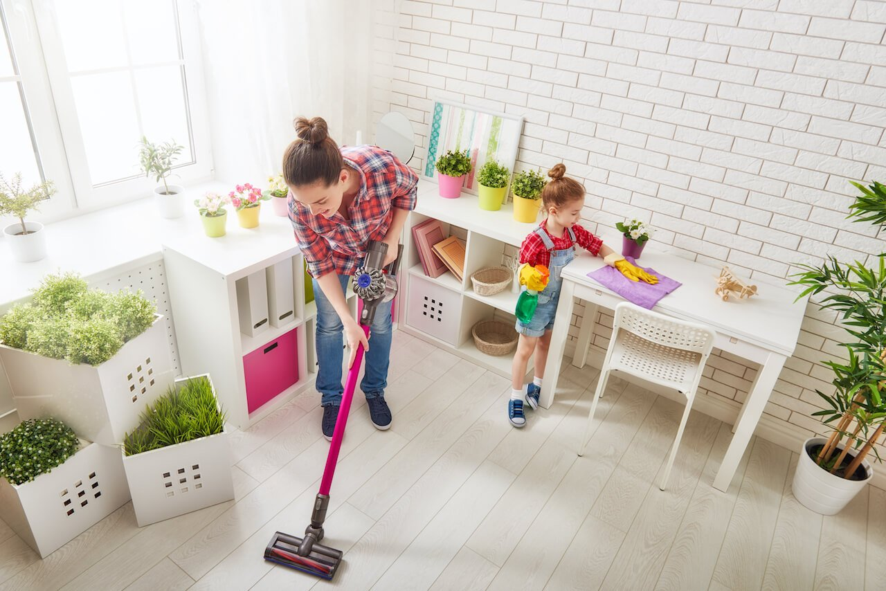 19 Effective & Easy House Cleaning Tips for DIY Lovers